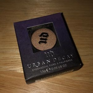 Brand New Urban Decay Eyeshadow in Easy Baked
